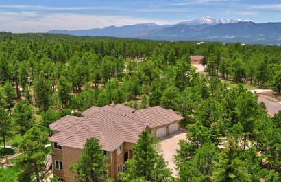 The Colorado Neighborhood at the Intersection of Nature and Modern Luxury