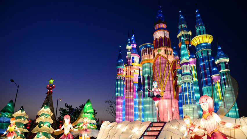 Cal Expo Christmas Lights.Our Top 5 Christmas Light Tours In The Greater Sacramento
