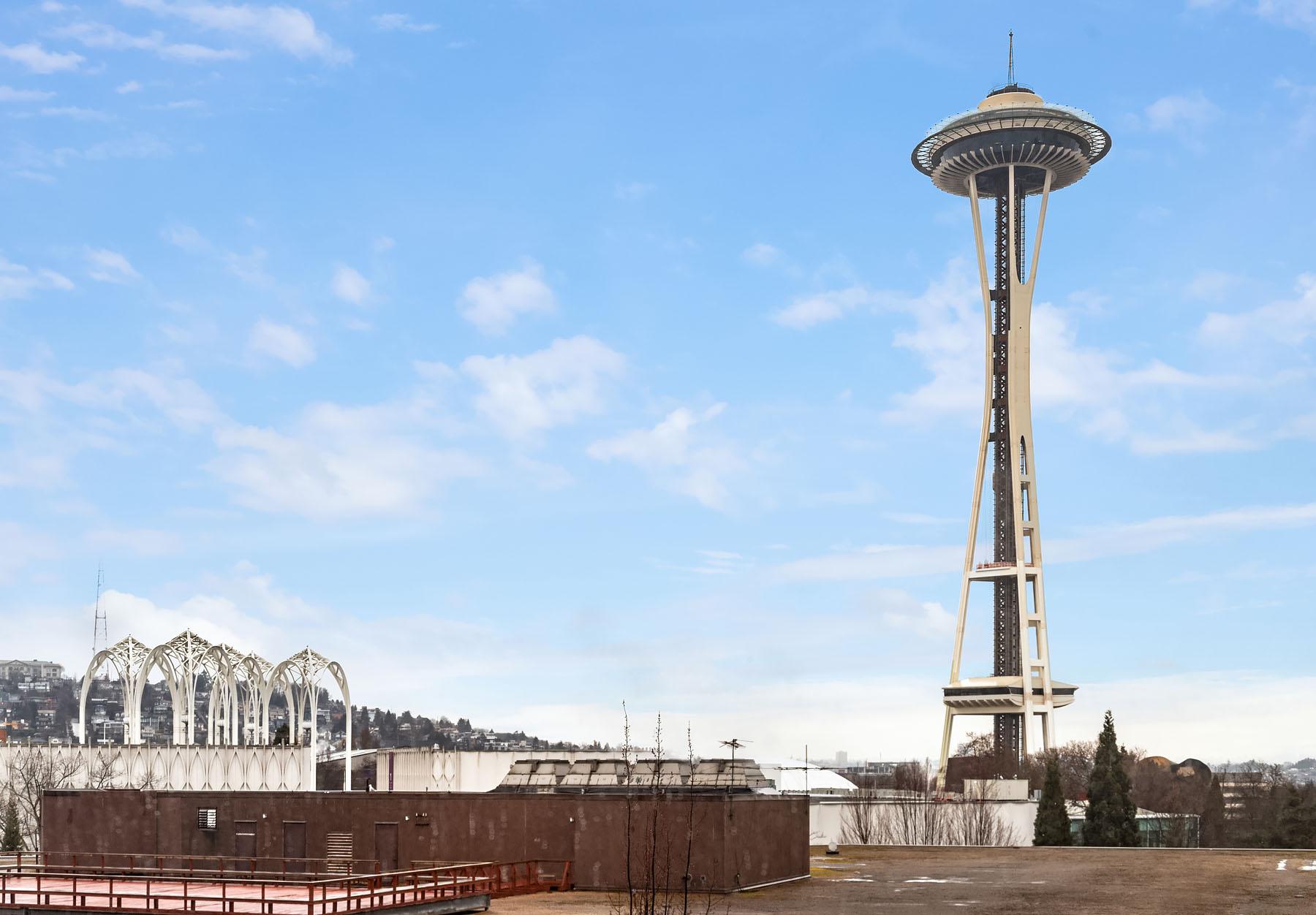 2911 2nd Ave #902, Seattle, WA 98121