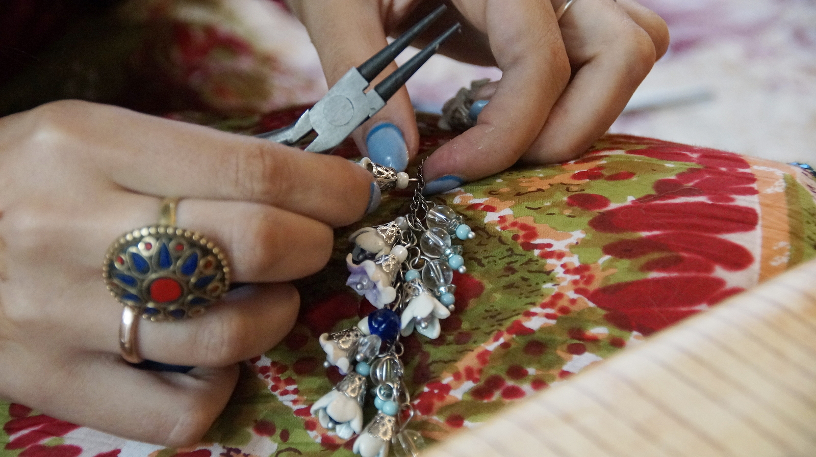 Learn how to bead near Montecito homes.
