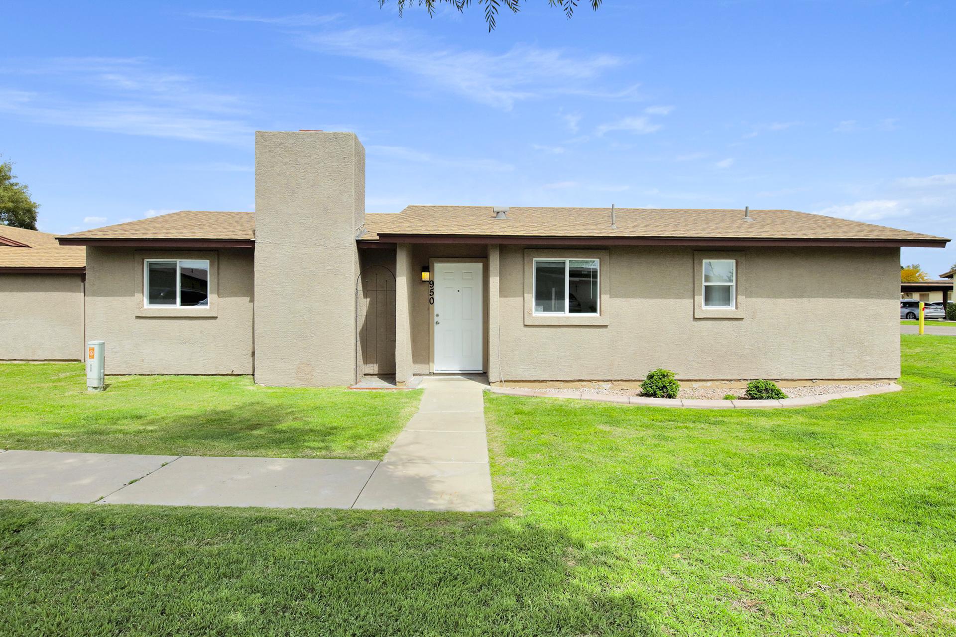 NEW LISTING - 950 S Acorn Ave Tempe, AZ 85281