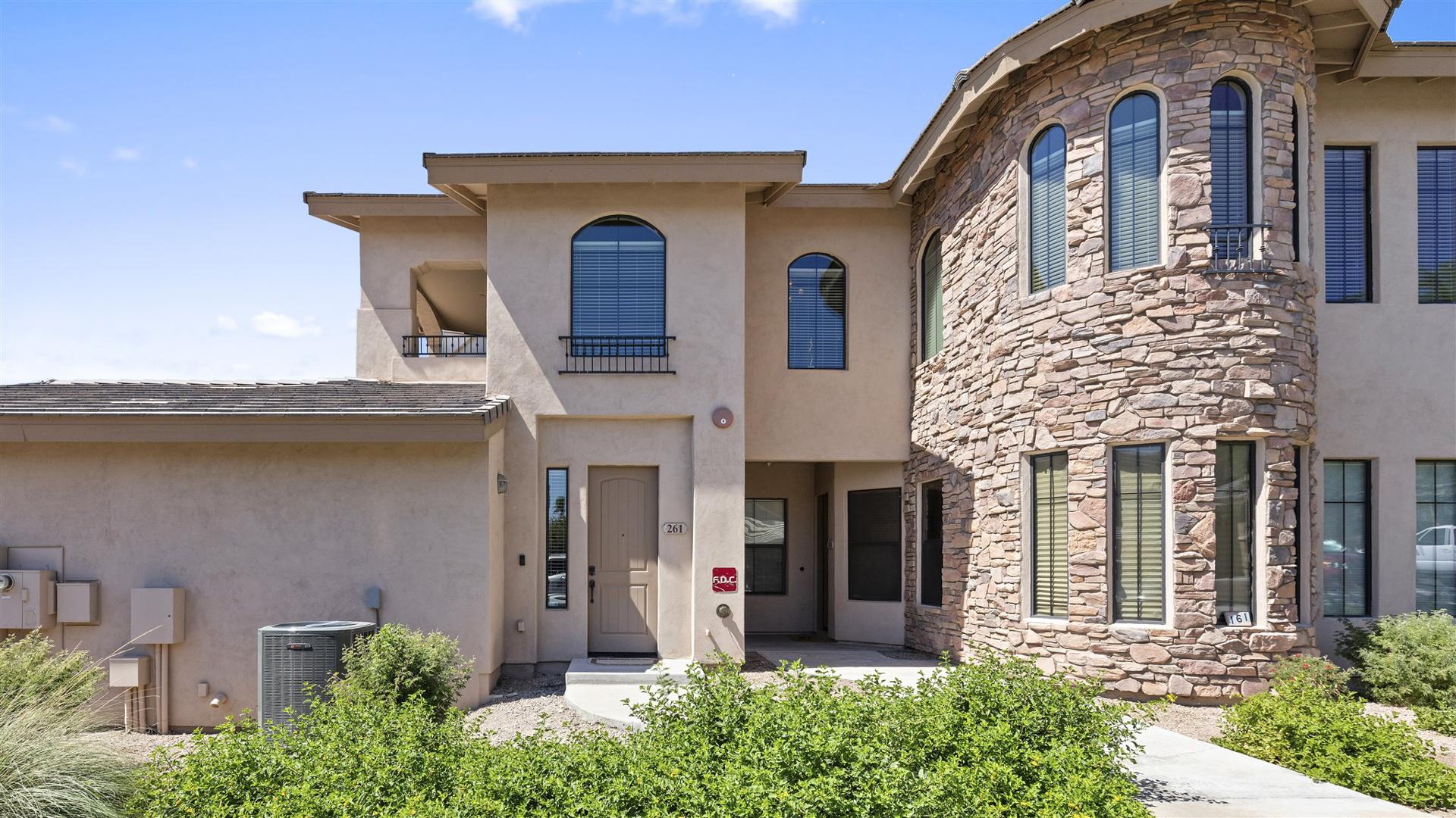 HOT LISTING - 15550 S 5th Ave, #261, Phoenix, AZ 85045 - Vantage | Amy Jones Group