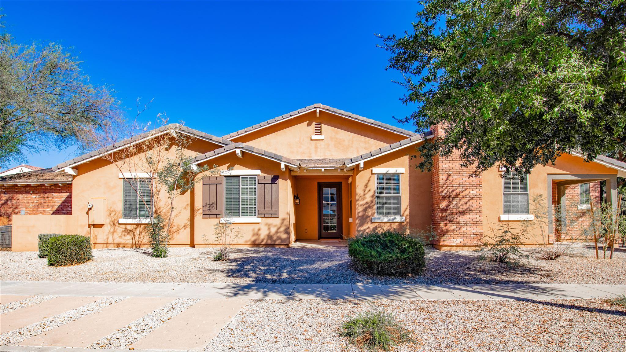 HOT LISTING - 13421 N 151st Drive, Surprise, AZ 85379 - Marley Park | The Amy Jones Group