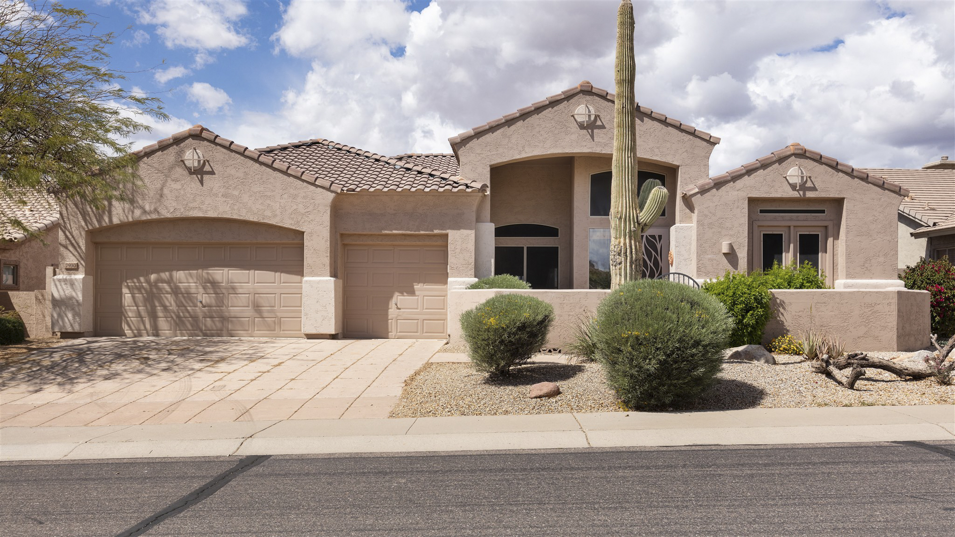 ON THE MARKET - 7930 E Dalea Way, Gold Canyon, AZ 85118 - Superstition Foothills | Amy Jones Group