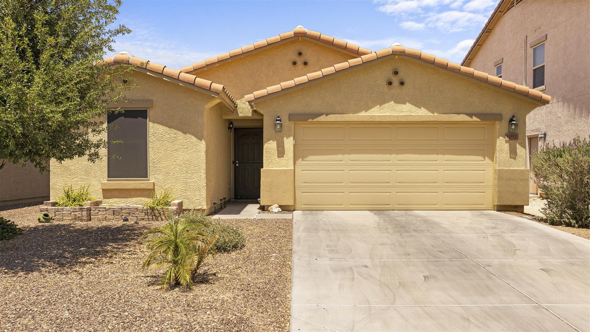 NEW LISTING - 1032 E Daniella Drive, San Tan Valley, AZ 85140 - Pecan Creek South | Amy Jones Group