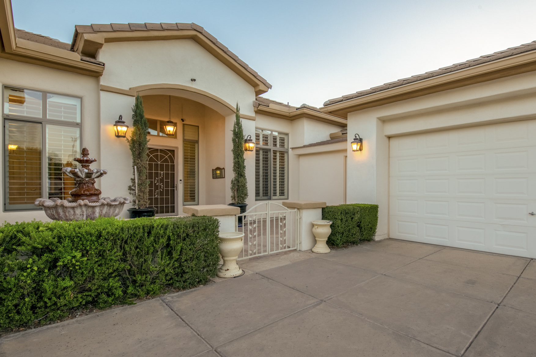 2201 E Prescott Place, Chandler, AZ 85249 - Cooper Country Estates | Amy Jones Group