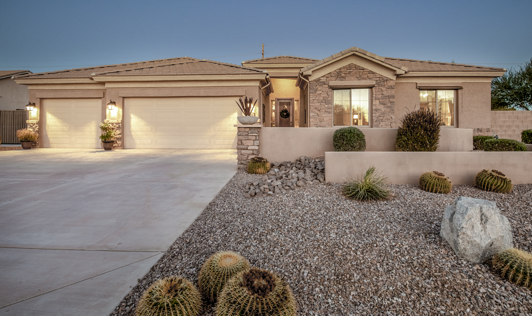 20797 S Hadrian Way, Queen Creek, AZ 85142 - Roman Estates| Amy Jones Group