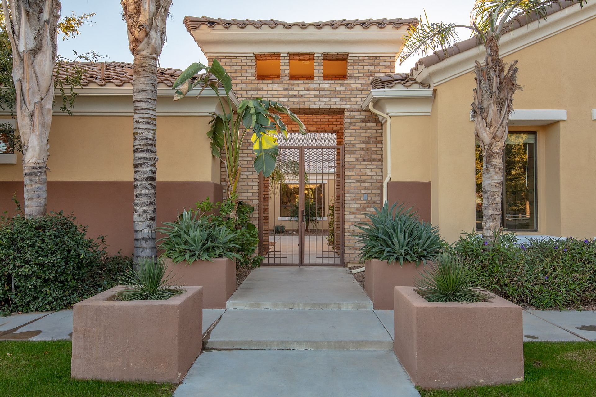 4013 E Scorpio Place, Chandler, AZ 85249 - Falcon Estates | Amy Jones Group