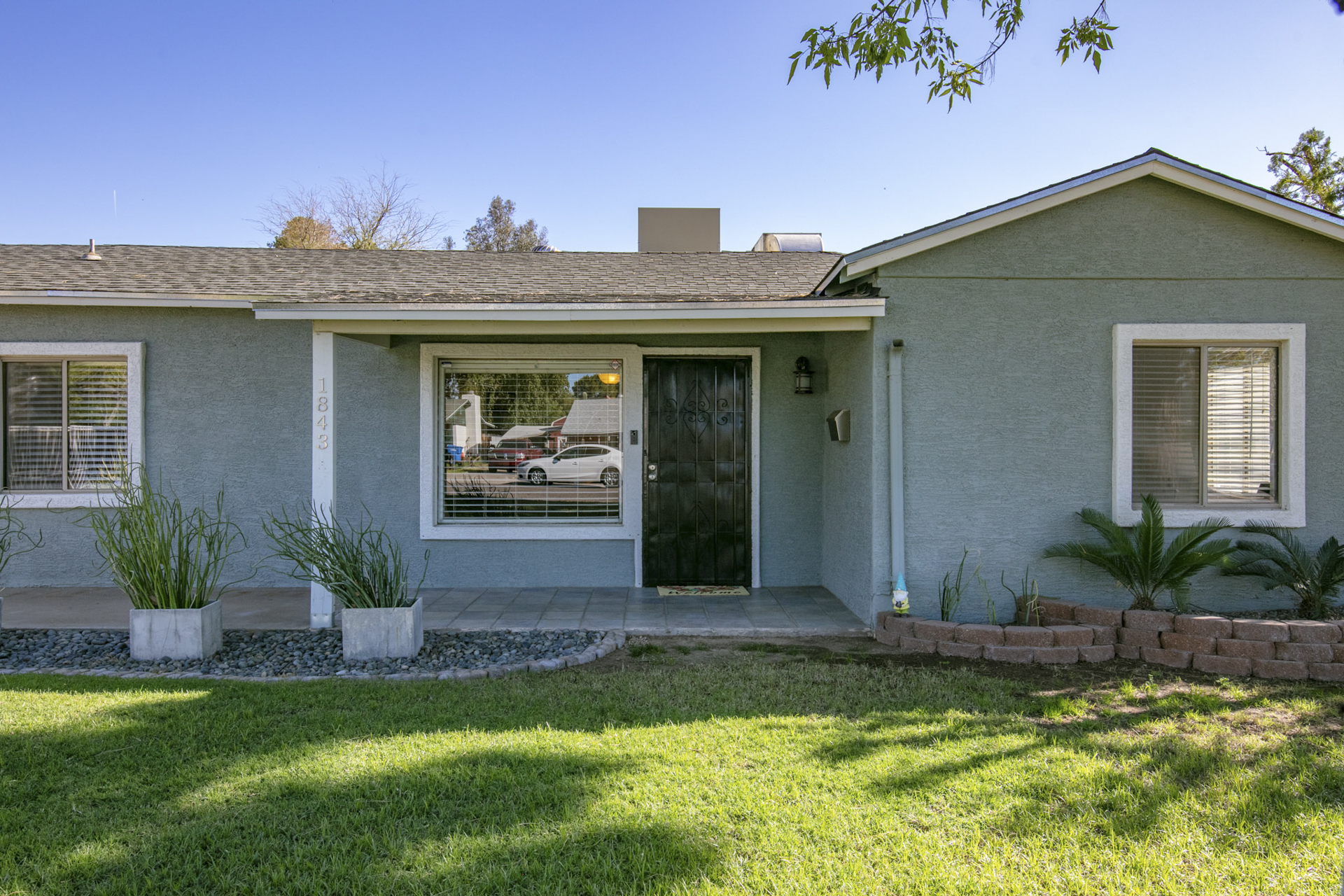 Under Contract! 1843 E Turney Avenue, Phoenix, AZ 85016 - Peters View | Amy Jones Group