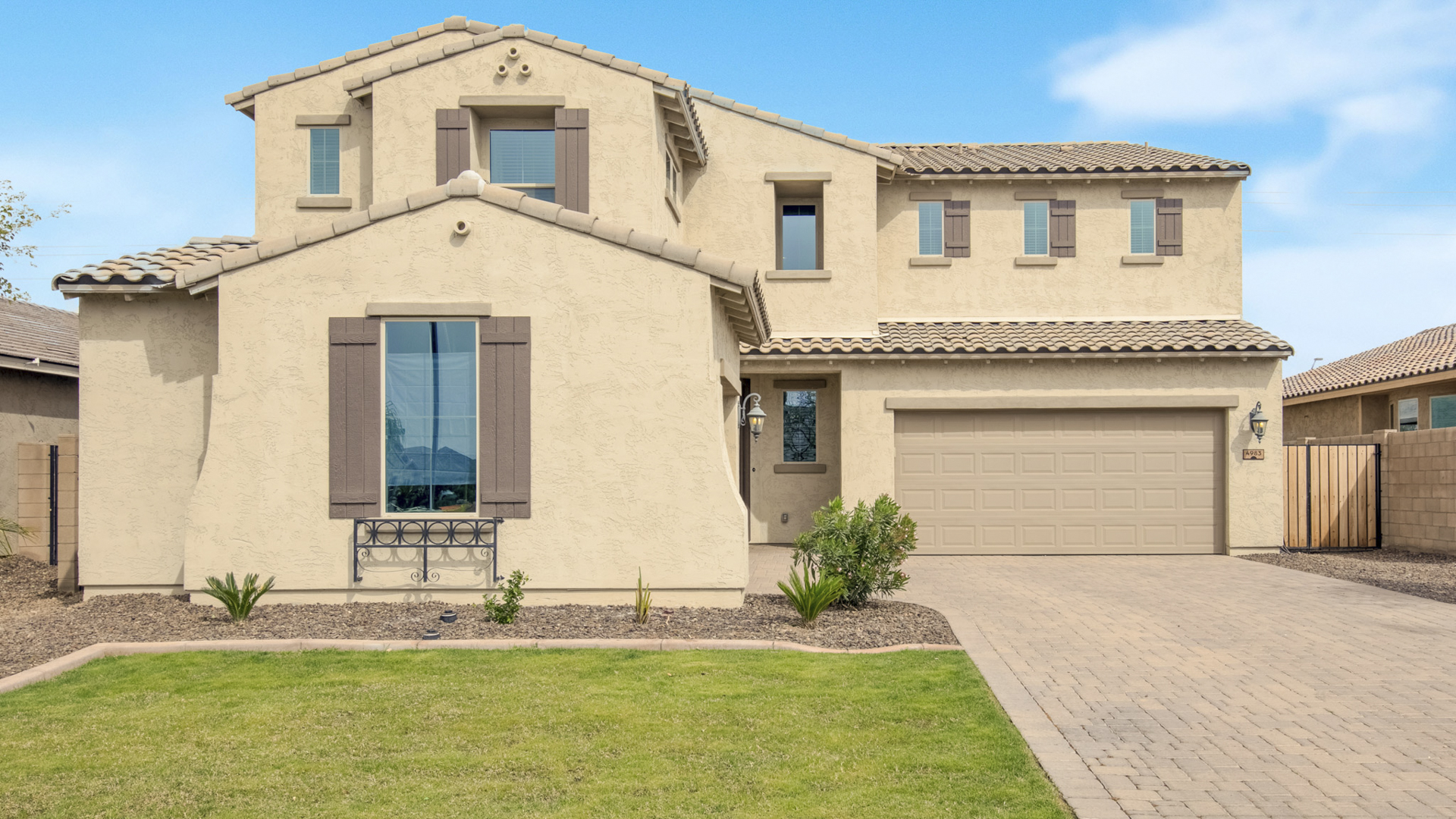 Price Change! 4983 S Joshua Tree Ct. Gilbert, AZ 85298 - Bridges North | Amy Jones Group