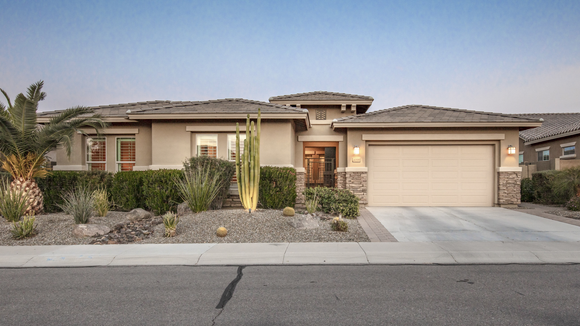 FEATURED LISTING - 6709 S Lyon Drive, Gilbert, AZ 85298 - Seville | Amy Jones Group