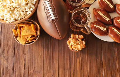 How to Tackle Your Evergreen Super Bowl Party (+ 3 Recipes You'll Definitely Want to Make)