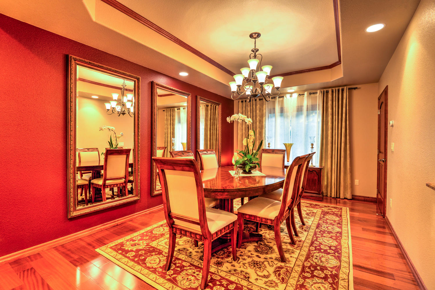 Dining room at Nancy's Drive