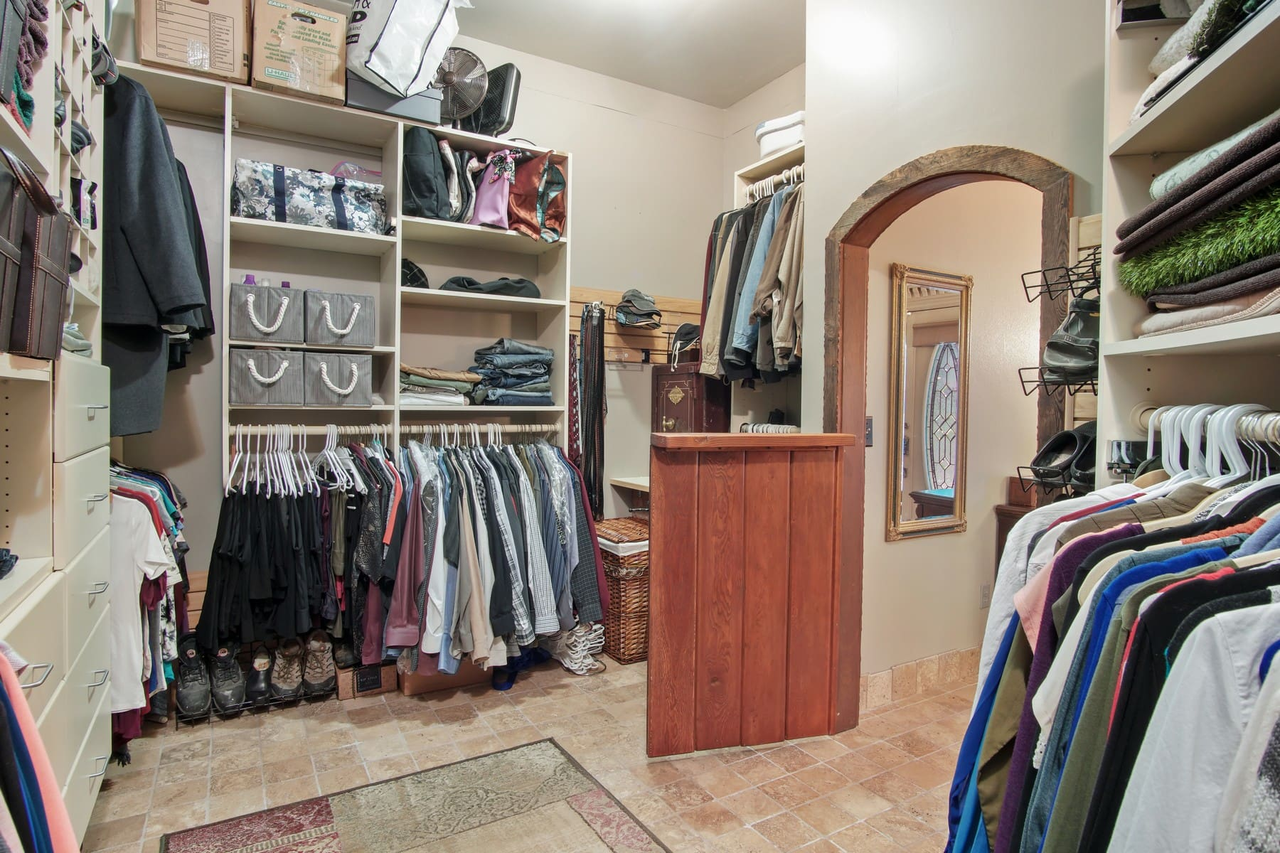 Upper bear creek closet