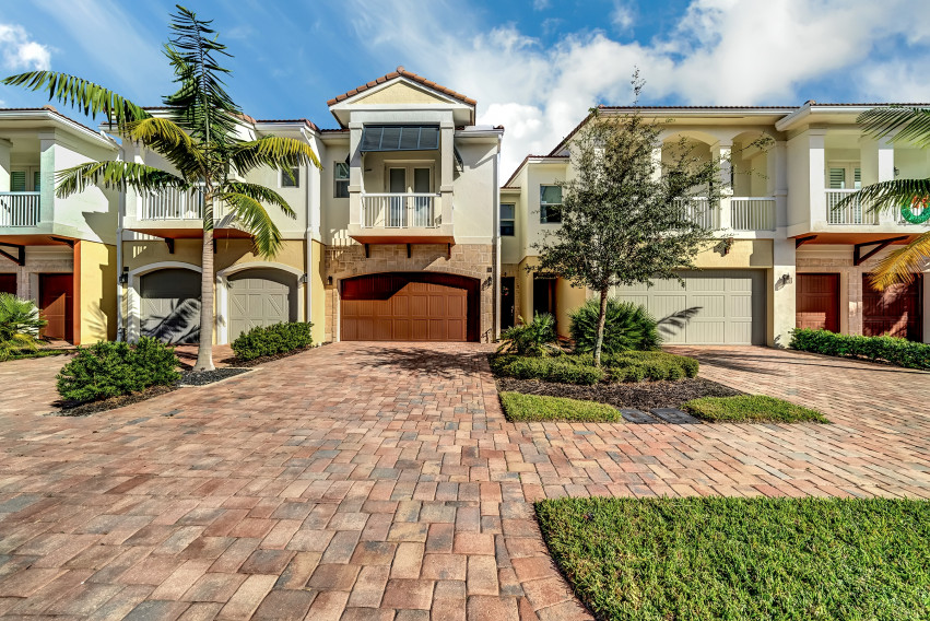 100 NW 69th Cir #113 Boca Raton | Home For Sale | Real Estate