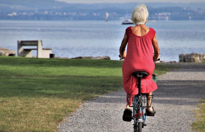 Getting Around Kelowna Without A Car | Bus Transit, Bike Routes, Car Sharing, Taxis, & Walking Paths