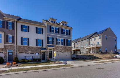 8306 Pondview Drive | Millersville, MD | $484,900