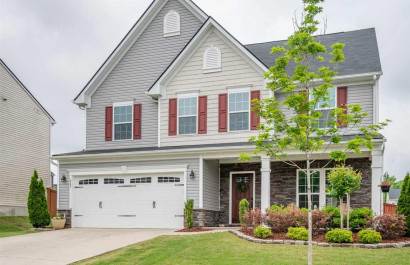 [Featured Listing] Spacious, Newer Five Forks/Simpsonville Home