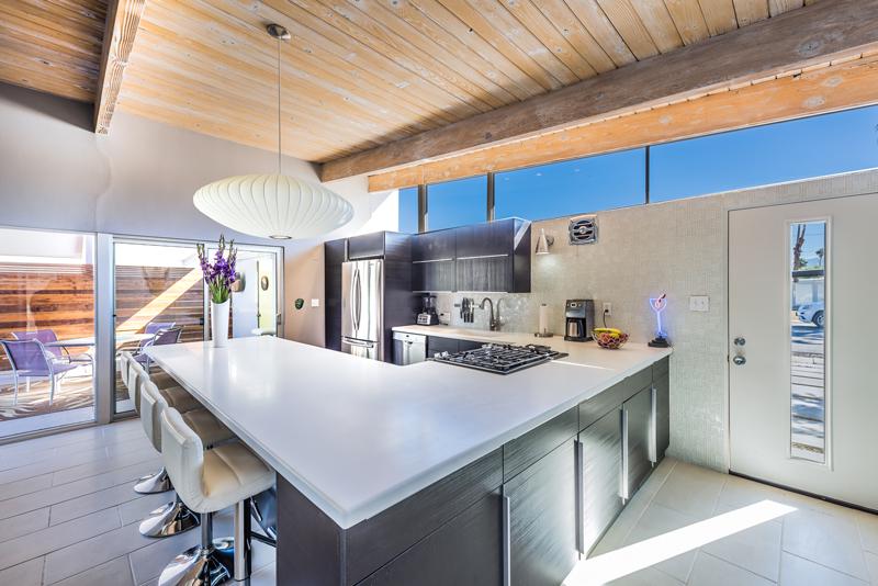 1150 E Adobe Way, Palm Springs 92262 - kitchen