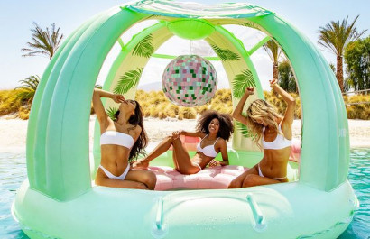 Top 21 Pool Floats Of 2021