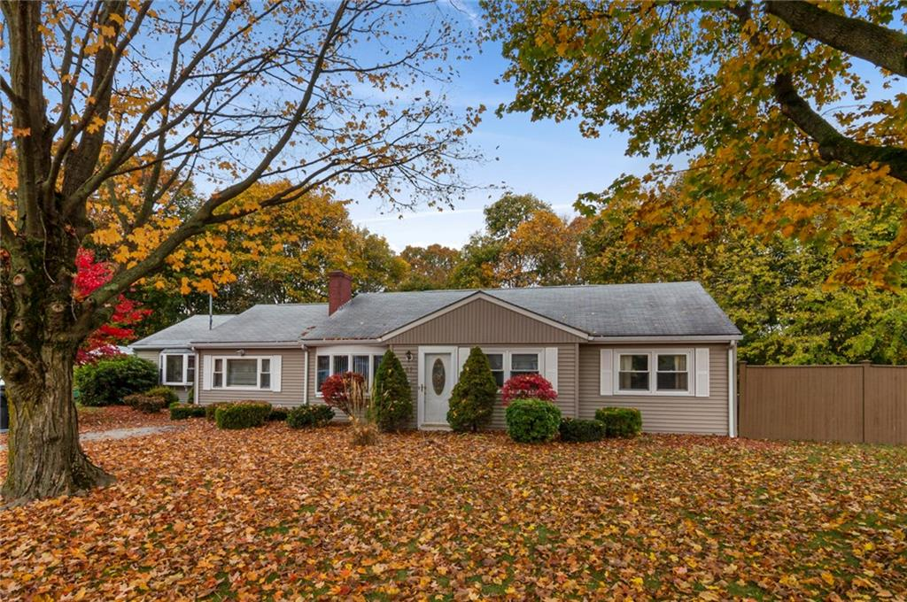 67 Underwood Ave, Warwick, RI | Sat 11/2 from 12:00 - 2:00pm