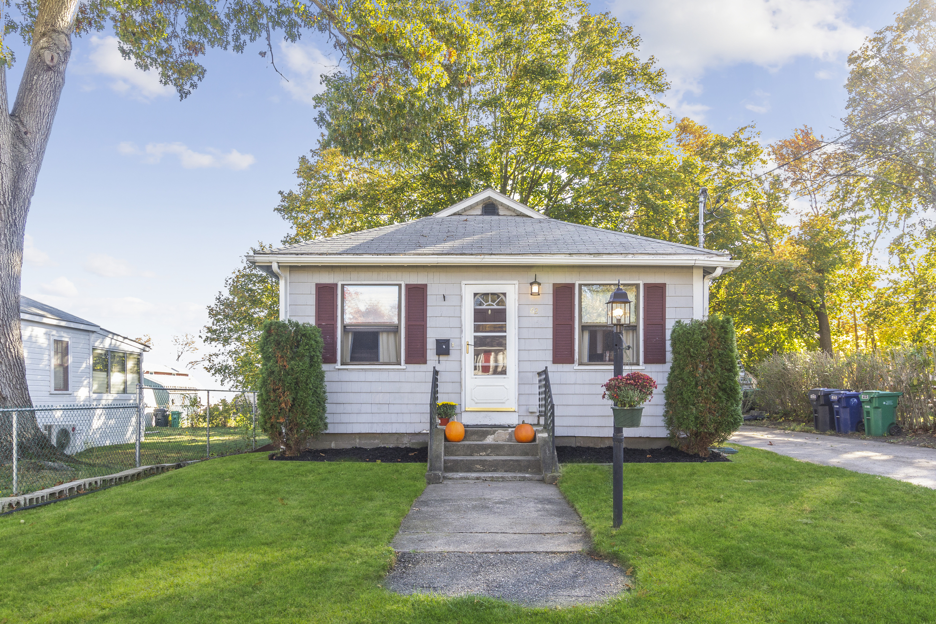 62 Arlington Ave, Warwick, RI | Sat 11/16 from 2:00 - 3:30pm