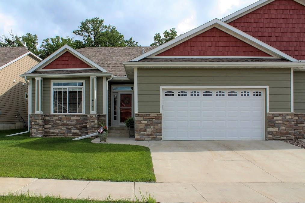 245 SW Salem Point Drive, Rochester, Minnesota
