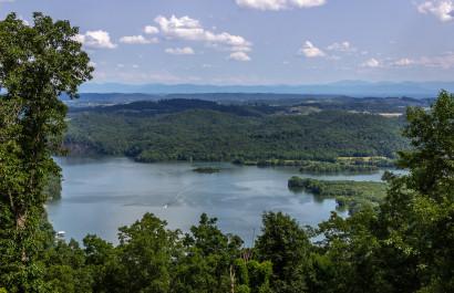 5 Cherokee Lakefront Homes Under $350,000
