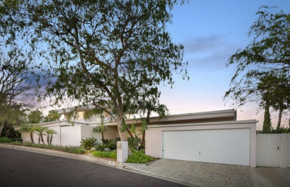 Beverly Hills: 10131 Angelo View Drive