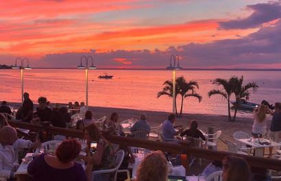 Beachside Bars & Restaurants on Long Island