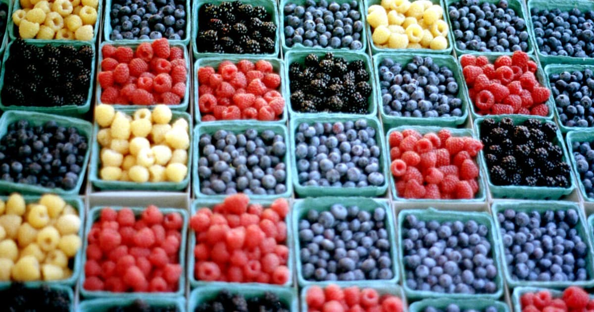 Lucky To Have Farmers Markets & Farm Stands In The Huntington/Five Harbors Area of Long Island!