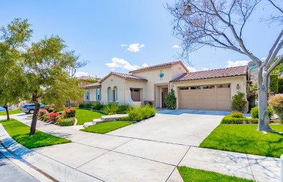 7753 Lady Banks | Corona, CA