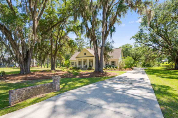 LUXURY HOMES FOR SALE IN TALLAHASSEE CENTERVILLE CONSERVANCY