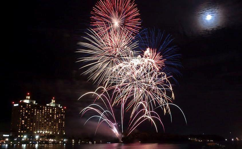 Where To See Fireworks In Hilton Head Bluffton Beaufort And Savannah Areas
