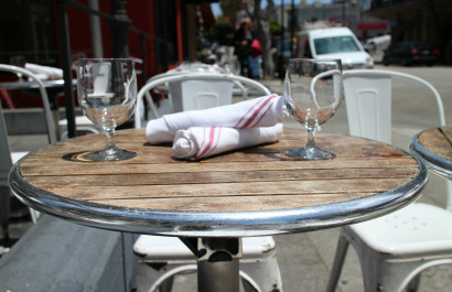 Top 10 Outdoor Dining Spots in & around Peoria, IL