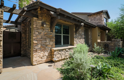 18505 N 94th St, Scottsdale, AZ 85255 $642,000