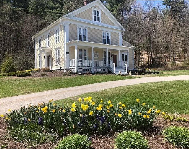 51 W.Old Sturbridge Rd., Brimfield