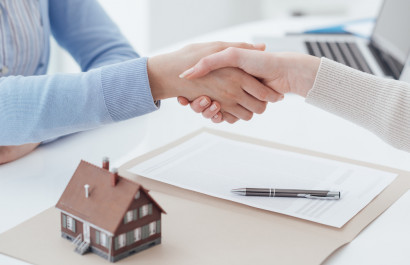 Selling A Home In The [Target Market] Real Estate Market