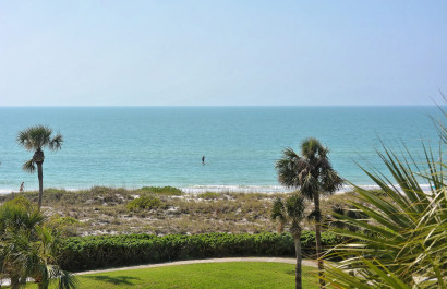 Longboat Key, Florida, Seaplace, Gulf Facing Condo for Sale