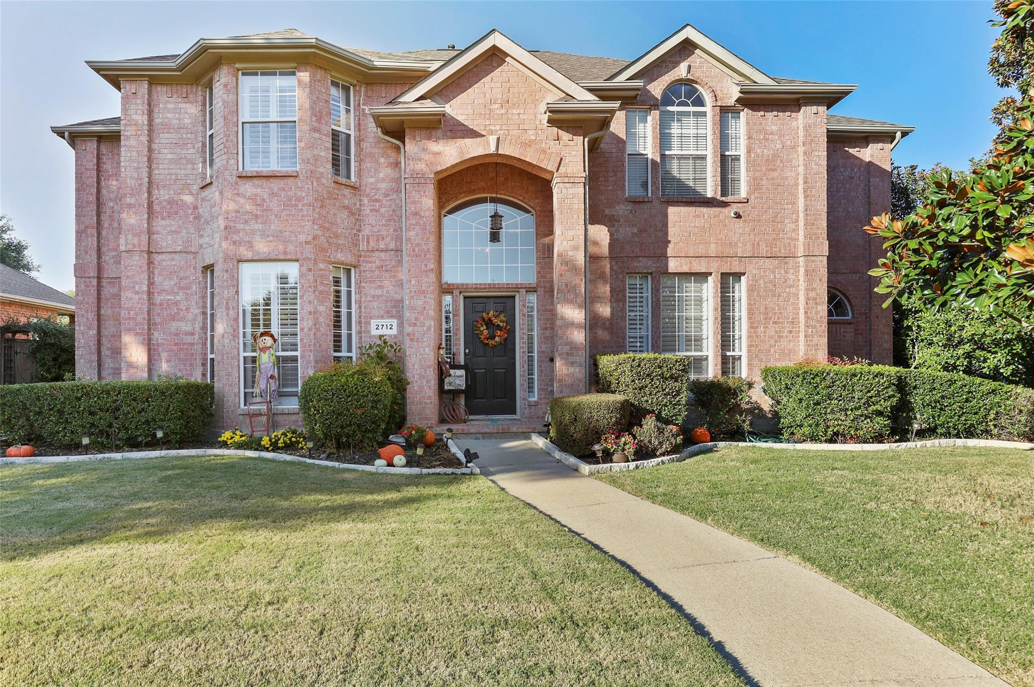 2712 Meadow Green Drive, Flower Mound, TX 75022