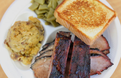 Foodie Friday DFW || Chasin' Tail BBQ
