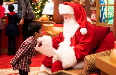 Where to Find Santa Claus in DFW This Year