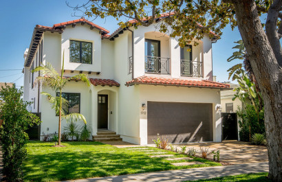Real Estate Marketing | Naomi Selick | Douglas Elliman of California