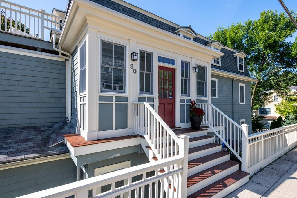 30 Monmouth Street, Somerville MA