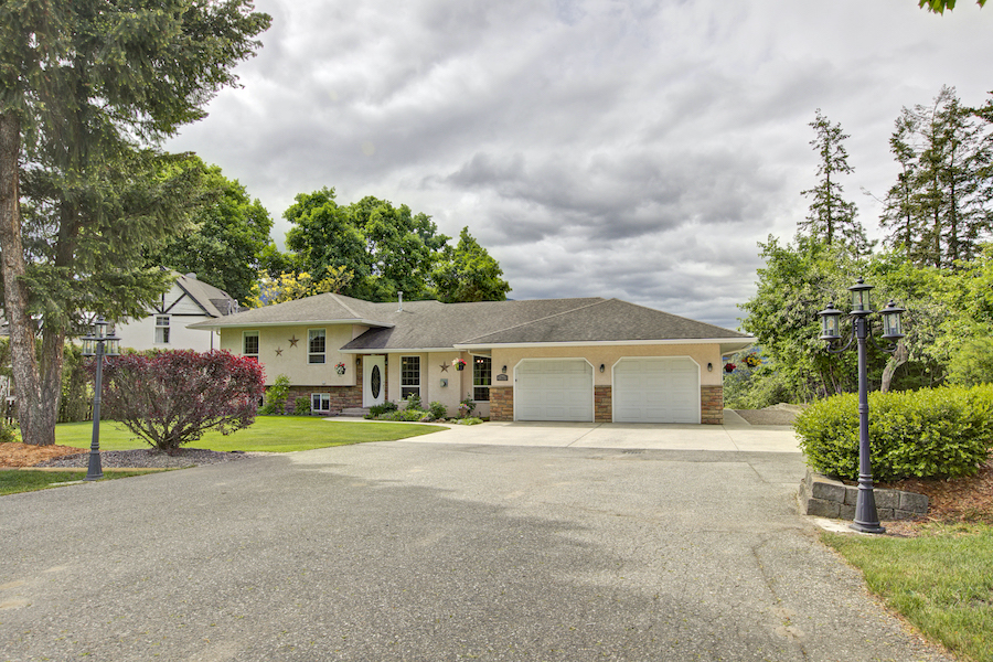 2365 Keevil Rd Armstrong, BC Featured Listing