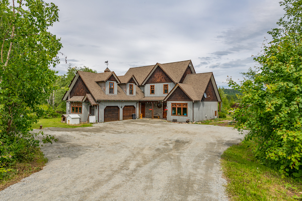 2098 Wolfgang Road, Armstrong, BC Featured Listing