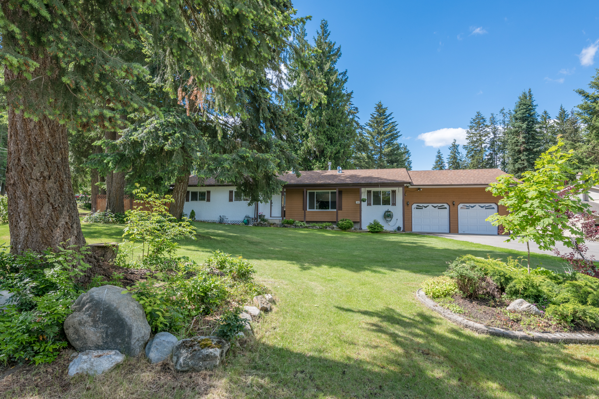 3407 Lockhart Drive, Armstrong, BC  Featured Listing