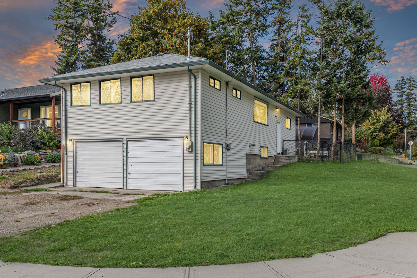 3405 Rosedale Avenue,  Armstrong BC