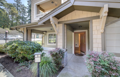 Freshly Updated Kirkland Rental Condo | RE/MAX Integrity Property Management