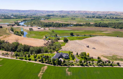 Buying A Home With Acreage